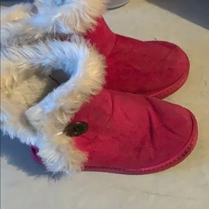 Other - Magenta furry button boots